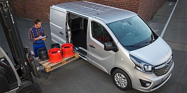 volkswagen transporter van renault trafic ou opel vivaro quel fourgon compact choisir. Black Bedroom Furniture Sets. Home Design Ideas