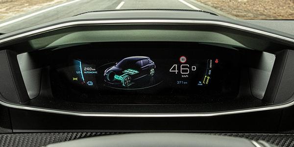 Peugeot e-208 écran tactile