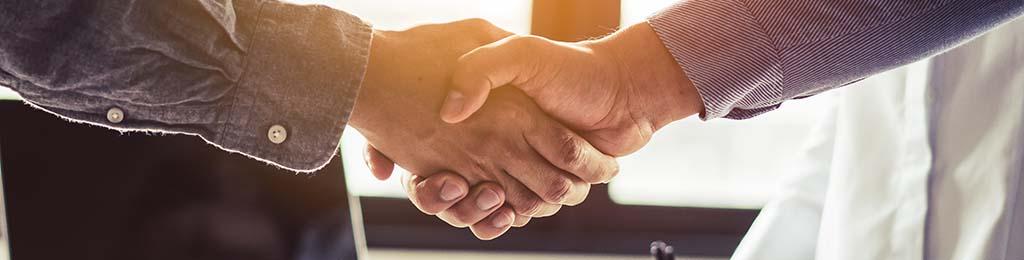 Changer de banque, poignée de main de bienvenue