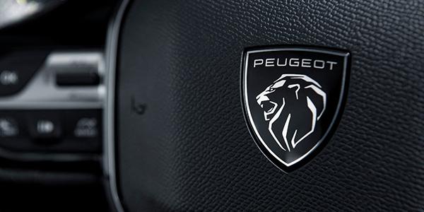 Nouvelle Peugeot 308 blason intérieur