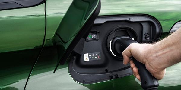 Nouvelle Peugeot 308 prise branchement électrique
