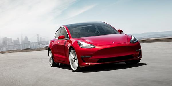 Top voitures electriques Tesla rouge