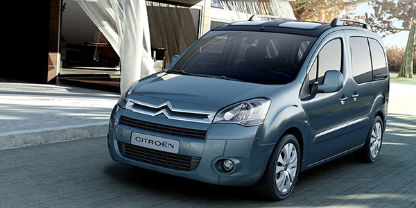 renault kangoo citroen berlingo peugeot partner et volkswagen caddy des familiales comp titives. Black Bedroom Furniture Sets. Home Design Ideas