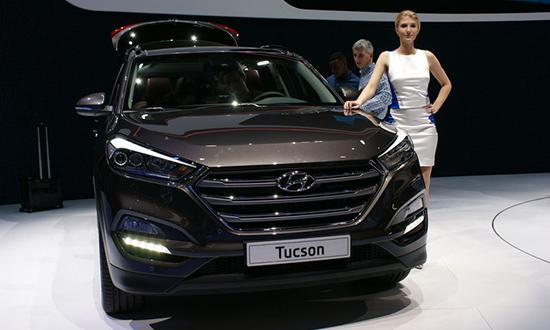 Salon automobile de gen ve 2015 l invasion des suv for Interieur hyundai tucson