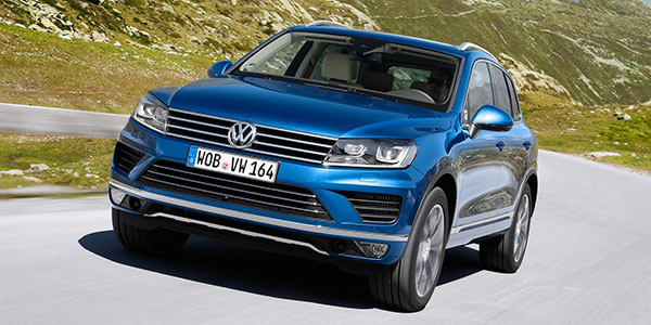 volkswagen touareg la centrale t roc tiguan et touareg les suv volkswagen passs au voitures. Black Bedroom Furniture Sets. Home Design Ideas
