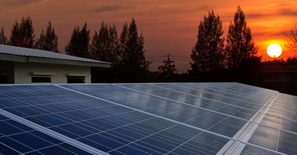 est il rentable d 39 investir dans des panneaux solaires pour. Black Bedroom Furniture Sets. Home Design Ideas